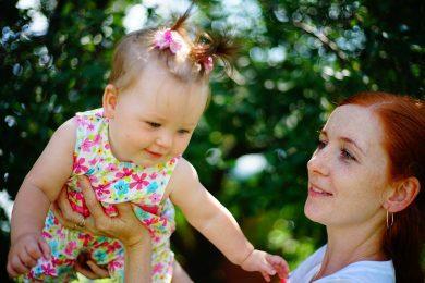 [ALERTA de VÍDEO FOFO] Porquê que as mamãs são fãs do Programa Baby Signs®?